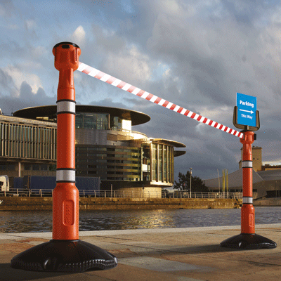 Skipper - Retractable safety barriers